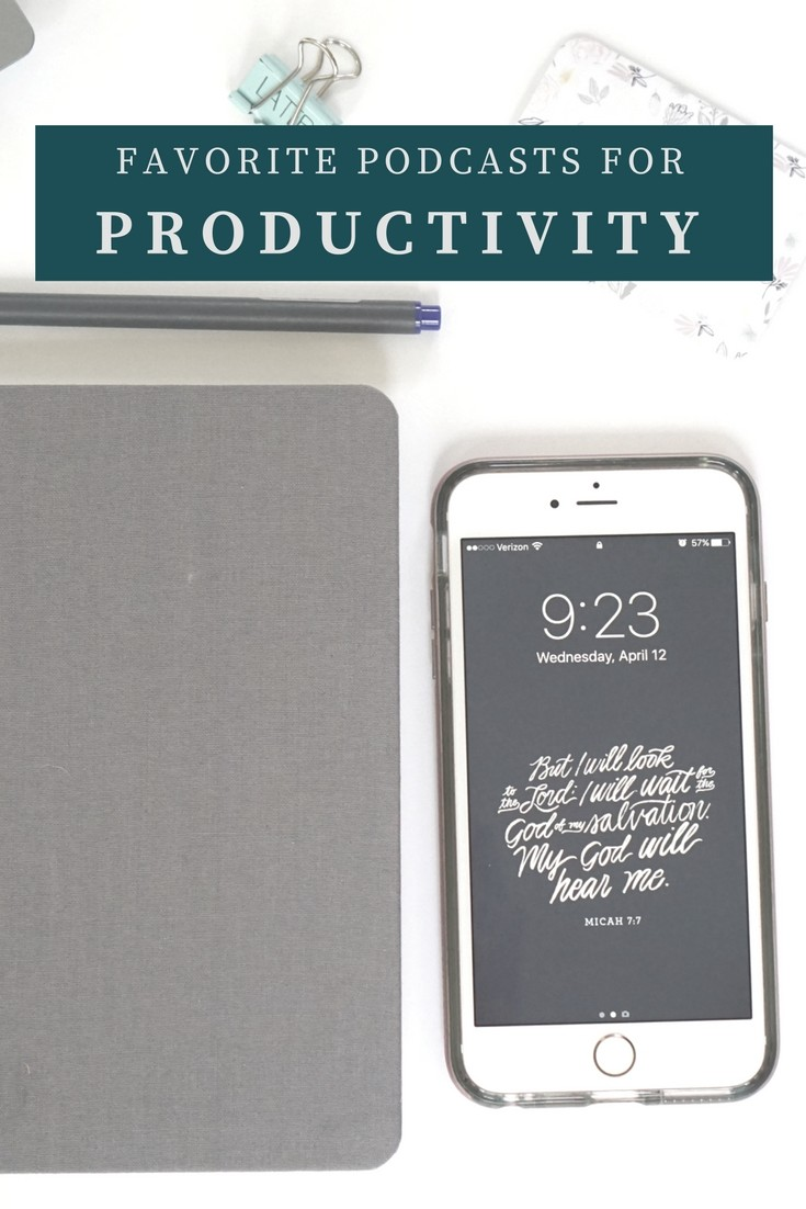 If you're a fan of podcasts AND productivity, then here are some podcasts you must listen to!